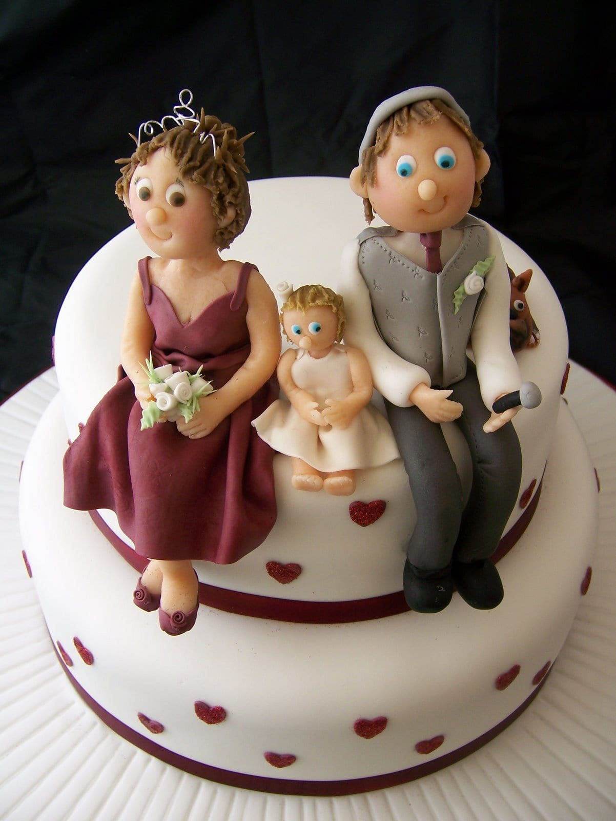 Personalised Wedding Cake & Twitter News
