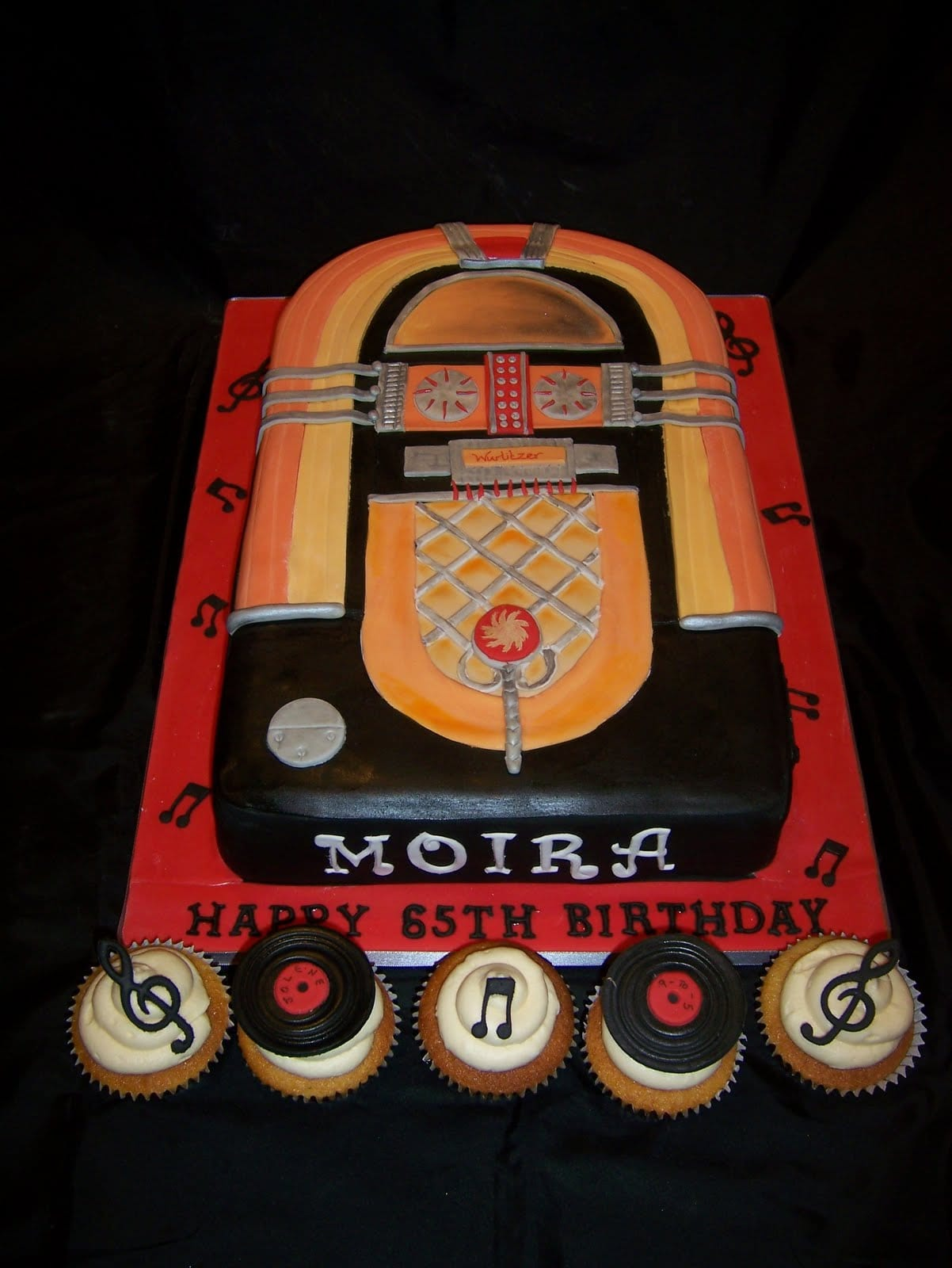 Rock and roll Juke box Birthday Cake