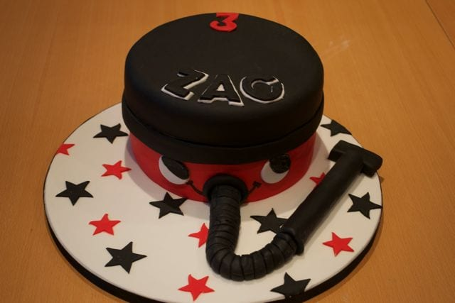 Henry Hoover Cake: Cake of the Week