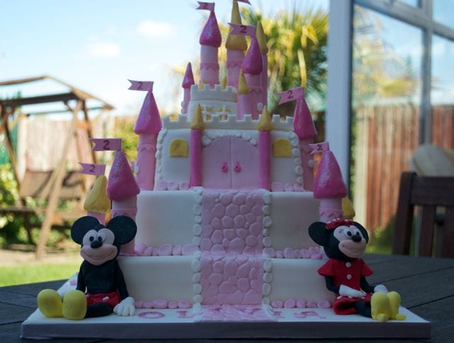 Disney Castle Cake with Mickey and Minnie – Cake Of The Week