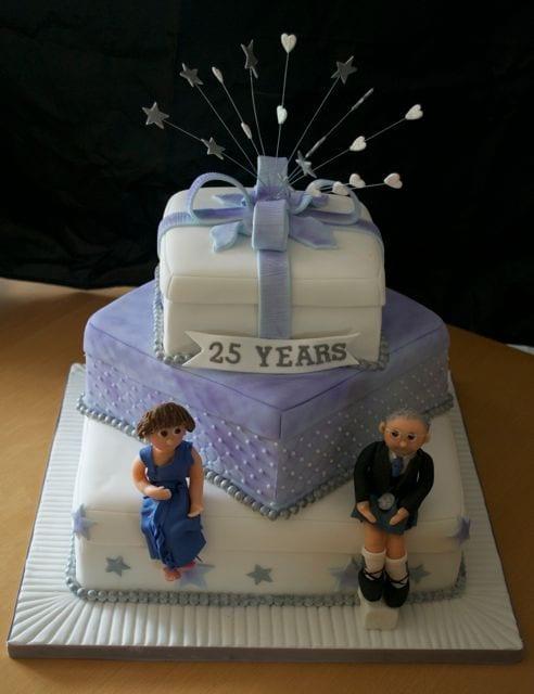 Cake Designs For Silver Jubilee : silver wedding anniversary cake - Casa Costello