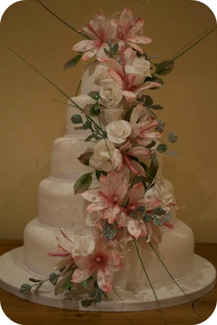 The final Wedding Cake – Cake of the Week
