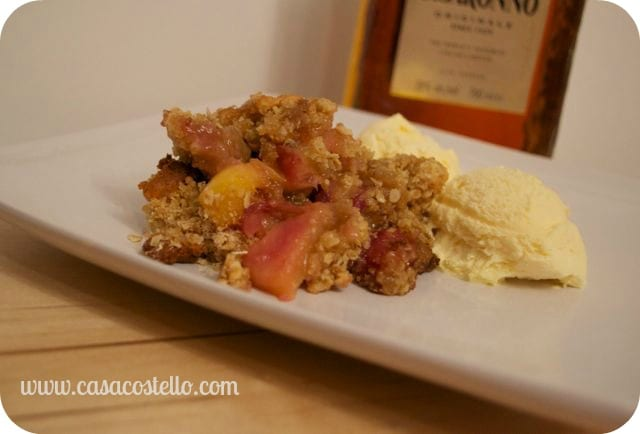 peach crumble, fruit