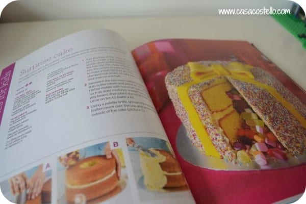 how to make cakes with sweets inside