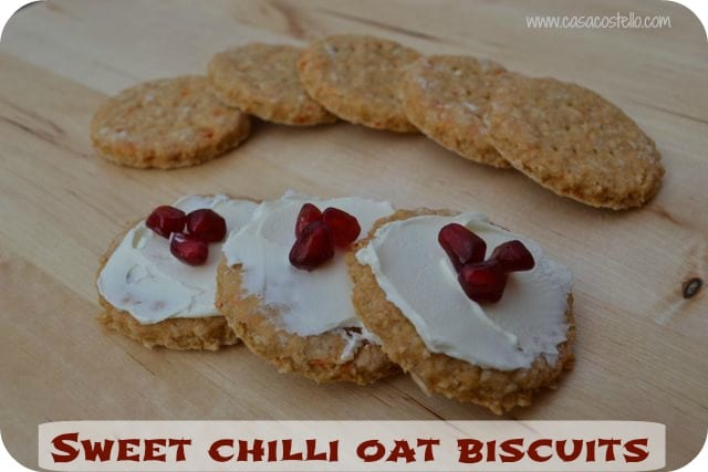 sweet chilli oat biscuit crackers
