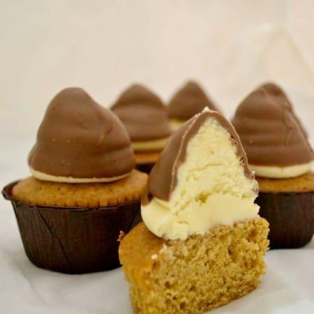 Ginger & White Chocolate Hi Hat Cupcakes – Bake of the Week