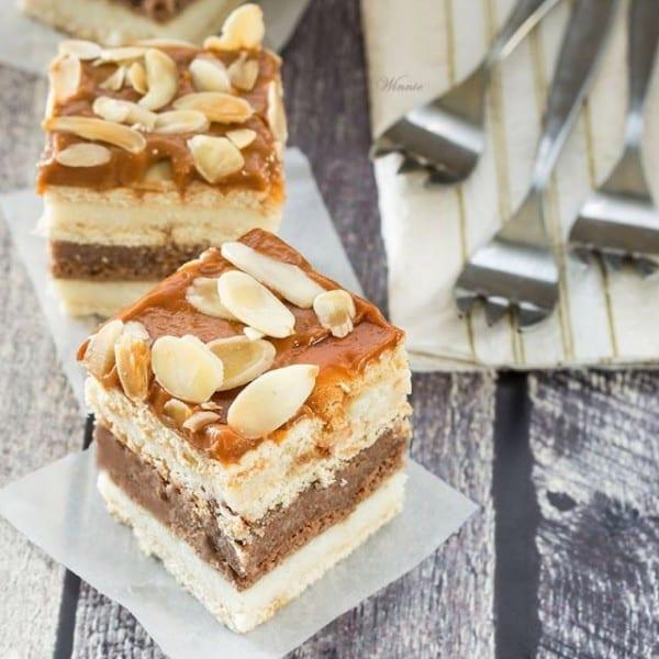 Caramel, Vanilla & Chocolate Nut Cake