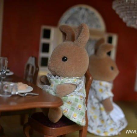 Sylvanian Bunny Eating a Bun