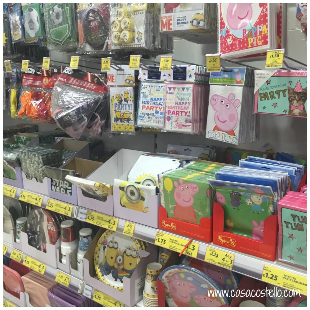 Minion Stationery Party Aisle