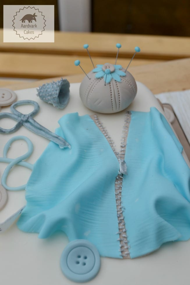 Sugar Zip Icing Sewing Cake