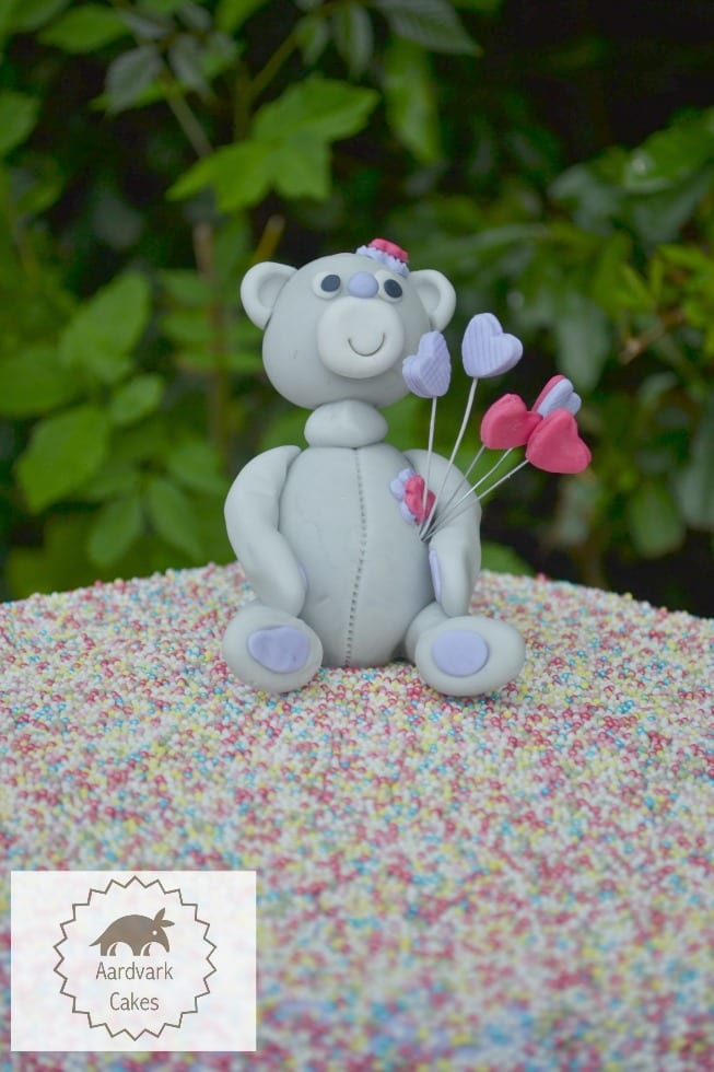Fondant Tatty Teddy Cake Topper