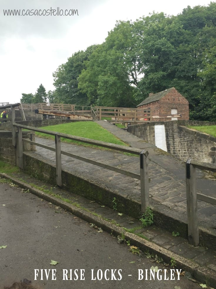 Five rise locks bungled