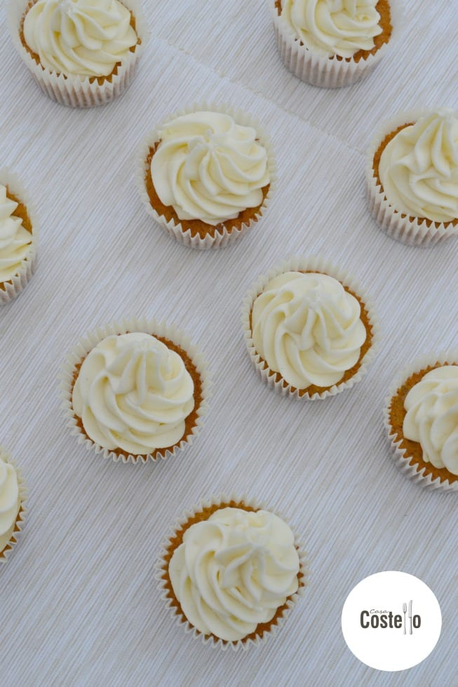 White Chocolate Frosting on Chestnut Cupcakes