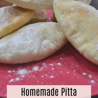 Homemade Pitta Bread Pockets #BakeoftheWeek